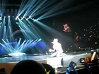 [FANCAM] Taeyang - Wedding dress + shirt ripping @ London, Wembly arena